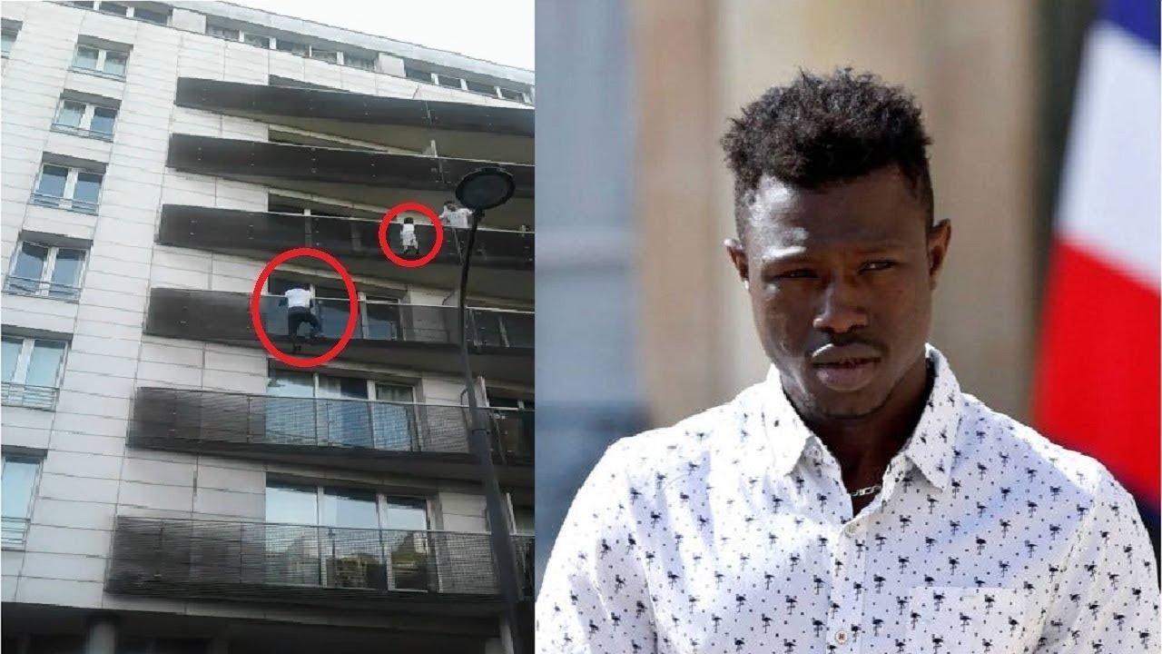Inmigrante Africano Salva A Un Niño En Francia Youtube