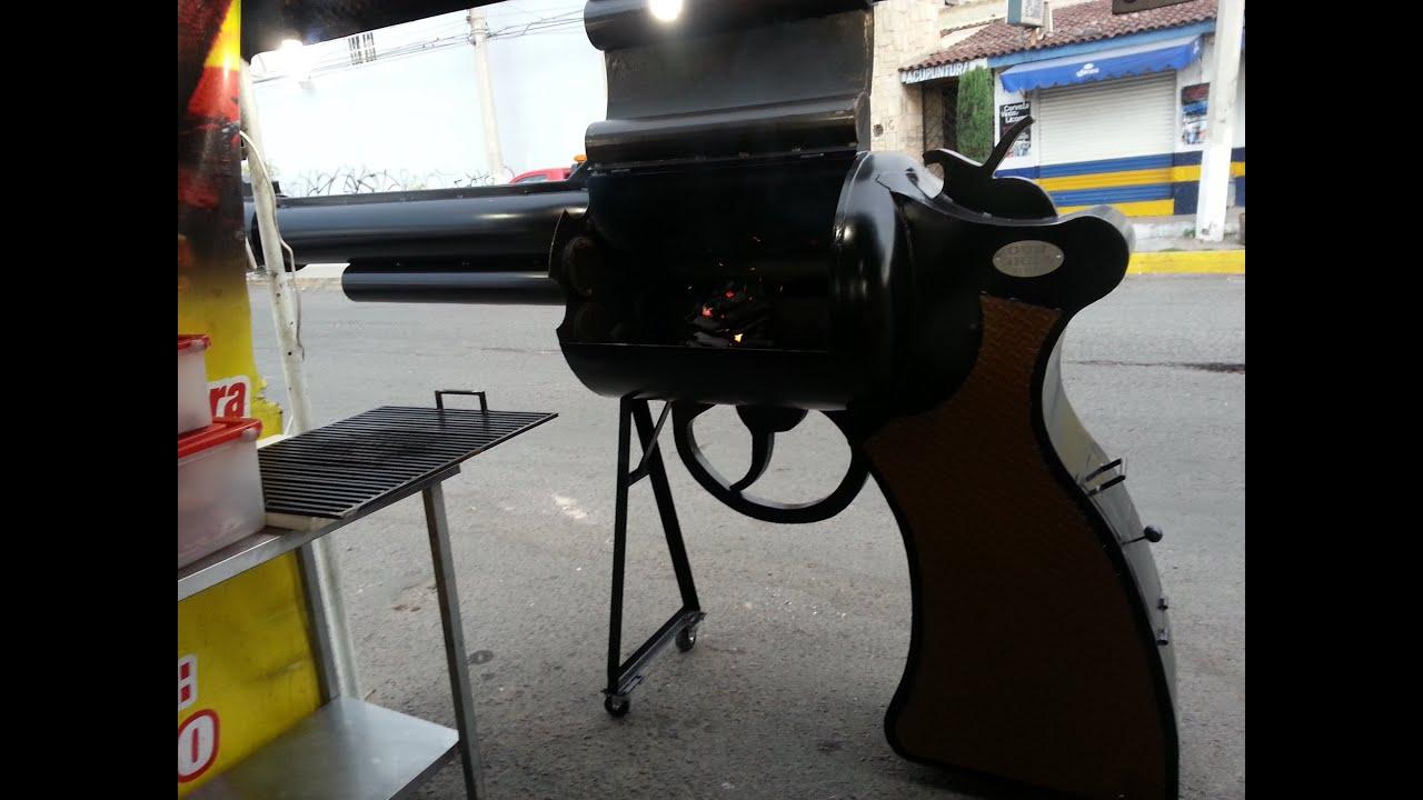Asador de pistola un disparo de sabor youtube for Asadores de jardin modernos