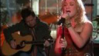Kelly Clarkson - Behind These Hazel Eyes [Live Today Show]