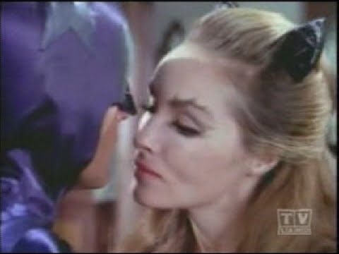 Catwoman Hot for Batman - The Cat and the Fiddle Season 2 Episode 38 9/15/66