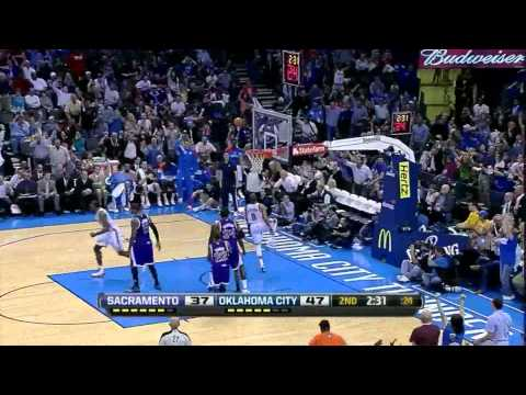 Kevin Durant Russell Westbrook combined 51 points (amazing alley oop) vs Sacramento kings 2012.04.13