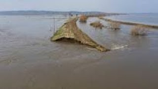US FOOD SUPPLY AT RISK FROM FLOODING