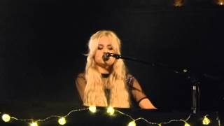 Nina Nesbitt - Tough Luck (Acoustic) (HD) - Union Chapel - 02.12.14