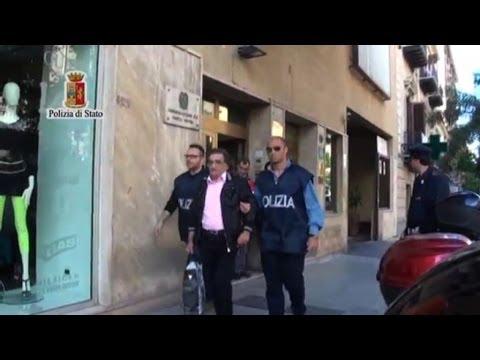 Coronavirus, Conte: «Aperti solo alimentari e farmacie, garantiti i trasporti» from YouTube · Duration:  2 minutes
