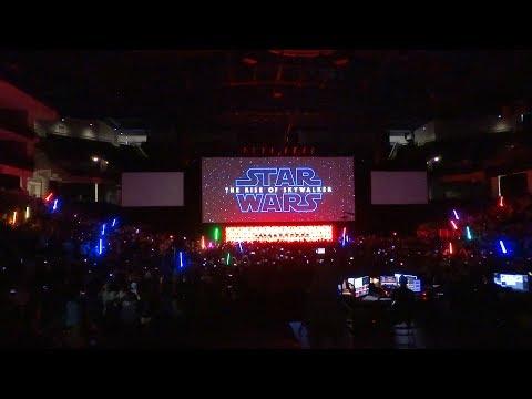 Star Wars: The Rise of Skywalker trailer crowd reaction at Star Wars Celebration Chicago