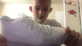 New Shoe Unboxing! (Kyrie 3s)