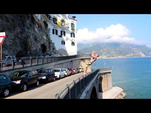 CRAZY CLIFFJUMPING ITALY AmalfiCoast / Jumping the Fiordo di Furore