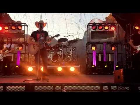 Dustin Lynch - Your Daddy's Boots (Rare)