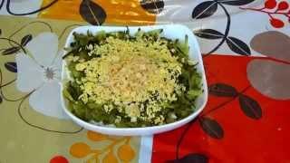 Салат из печени трески с огурцом. Печень трески рецепты салатов. Салат печень трески классический