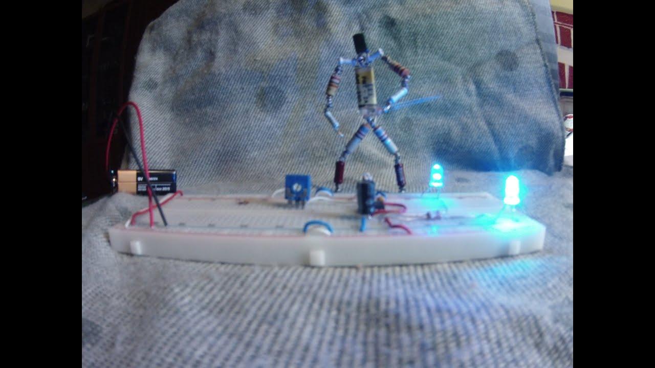 Flashing led circuit -NE 555- Circuito led lampeggianti - YouTube