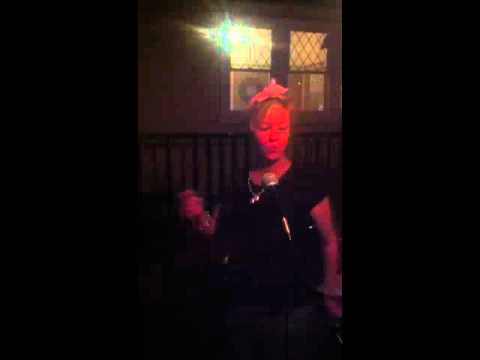 Martina McBride -  Help me make it through the night