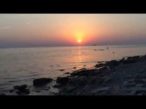 Галечный пляж пляжи Высокого берега в Анапе фото, видео
