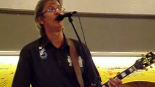 Константин Никольский - Забытую песню несёт ветерок.(Константин Никольский в Клину., 2010-04-07T16:35:32.000Z)