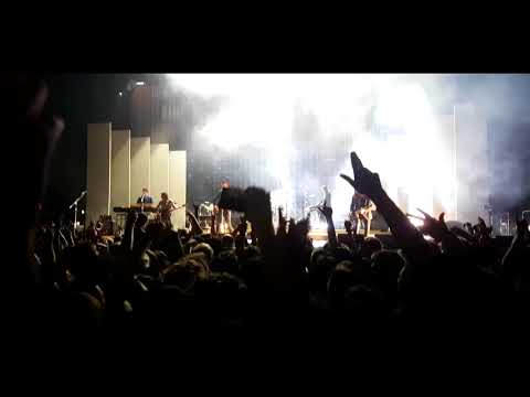 Arctic Monkeys - Teddy Picker Live @ The O2 Arena, London 2018