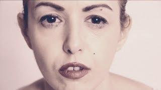 Miley Cyrus - Wrecking ball Very Italian Trash Parody By SALe & PePe
