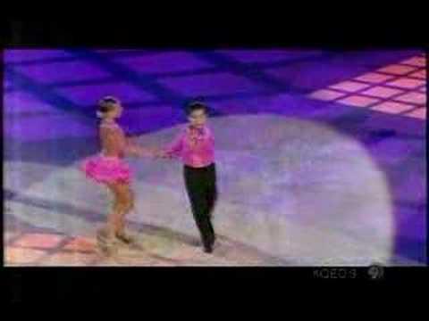 young-ballroom-dance-couple