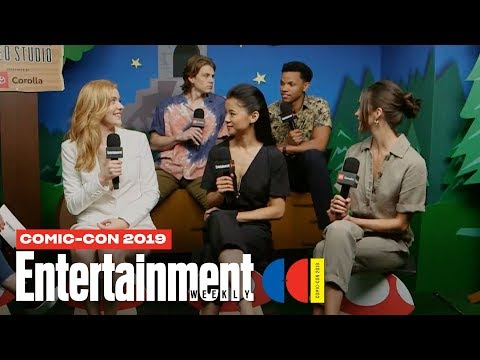 'Nancy Drew' Stars Kennedy McMann, Leah Lewis & Cast Join Us LIVE | SDCC 2019