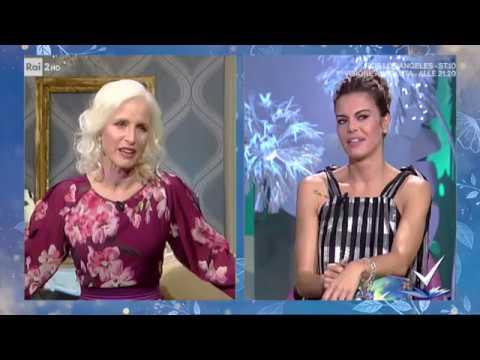 Carla Gozzi - Carloticon - Detto Fatto 04/10/2019 - YouTube