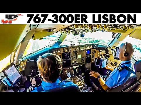 Piloting BOEING 767-300ER into Lisbon
