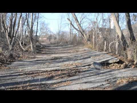 Sam & Dave Explore Deadman's Curve in Bethpage