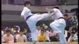 """Kyokushin Karate"" KO (high kick)"