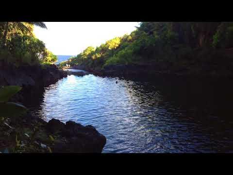 Swimming the 7 SACRED POOLS in Haleakala National Park @ Hana, Maui