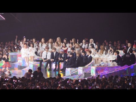 181201 블랙핑크 (BLACKPINK),BTS,워너원,여자친구 댄스부문 여자수상소감 Reaction [4K]  직캠  by Mera