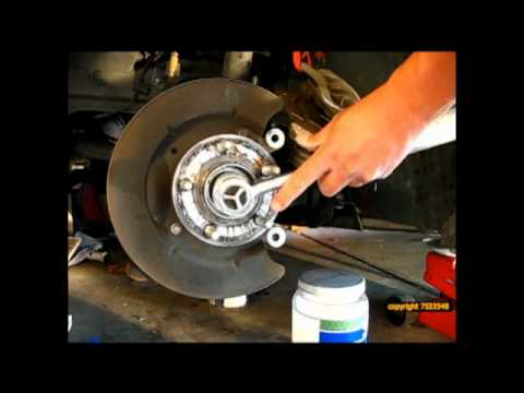 2006 Mustang Gt Wheel Bearing Replacement Youtube