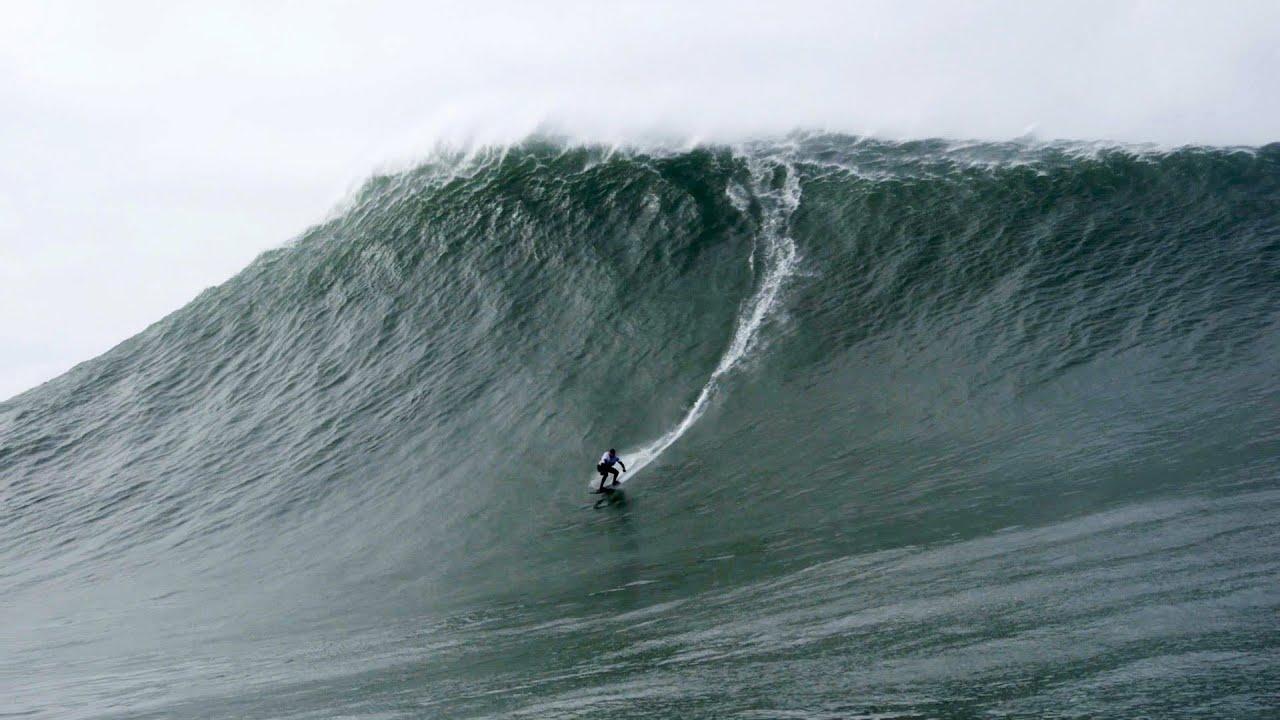 Female Surfer Breaks Record