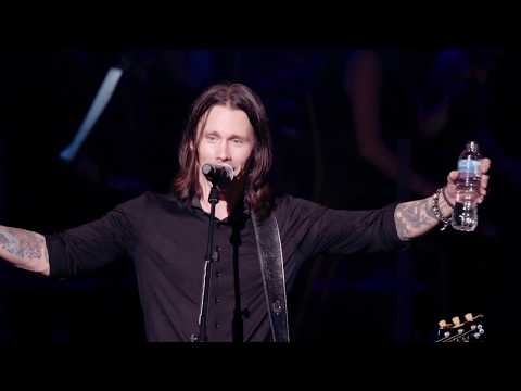 Alter Bridge:  Words Darker Than Their Wings   At The Royal Albert Hall