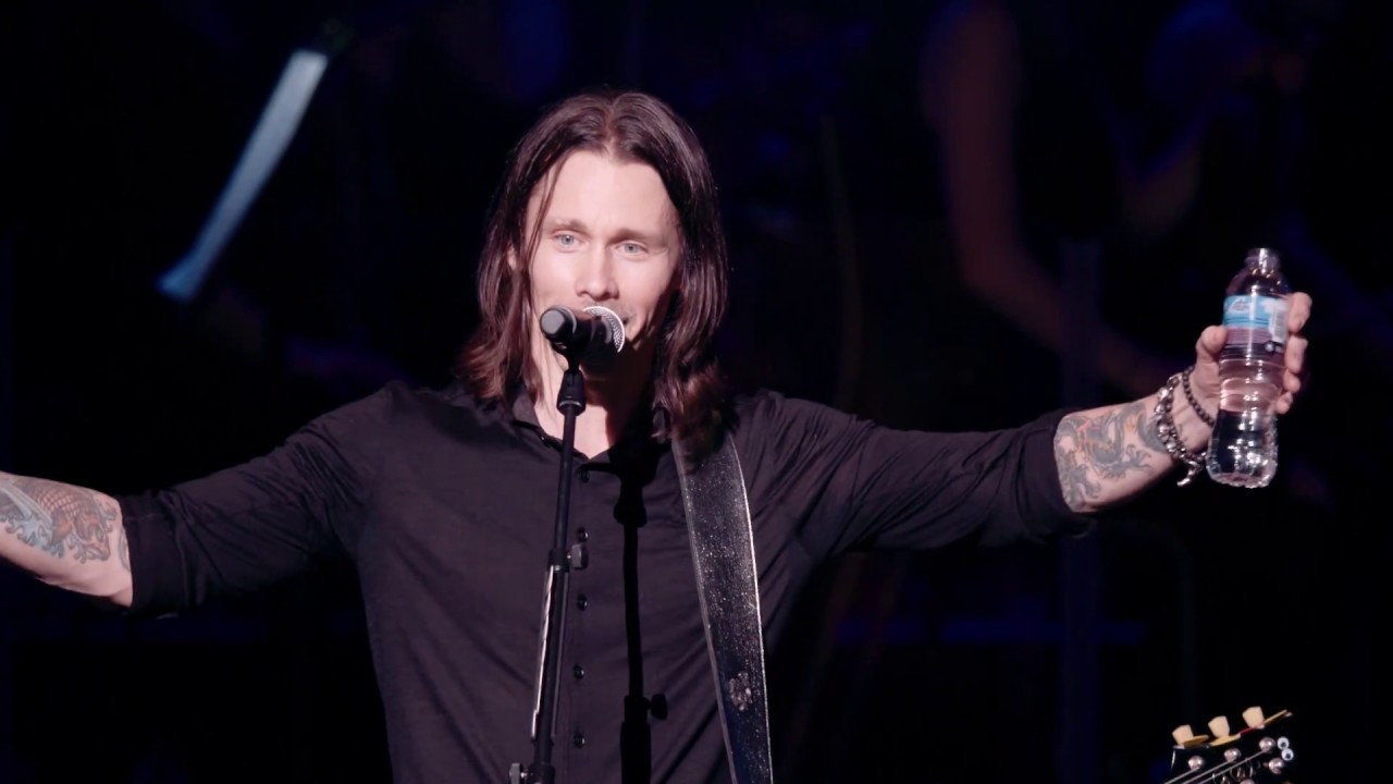 """Download Alter Bridge:  """"Words Darker Than Their Wings""""  Live At The Royal Albert Hall (OFFICIAL VIDEO)"""