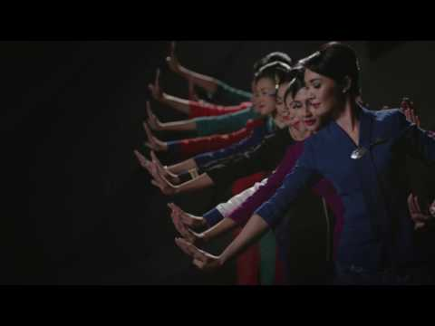 "Garuda Indonesia - ""Hands"" (English Version)"