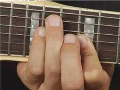 Play E Minor Chord on the Guitar: Root Position : Guitar Chord Dictionary 11