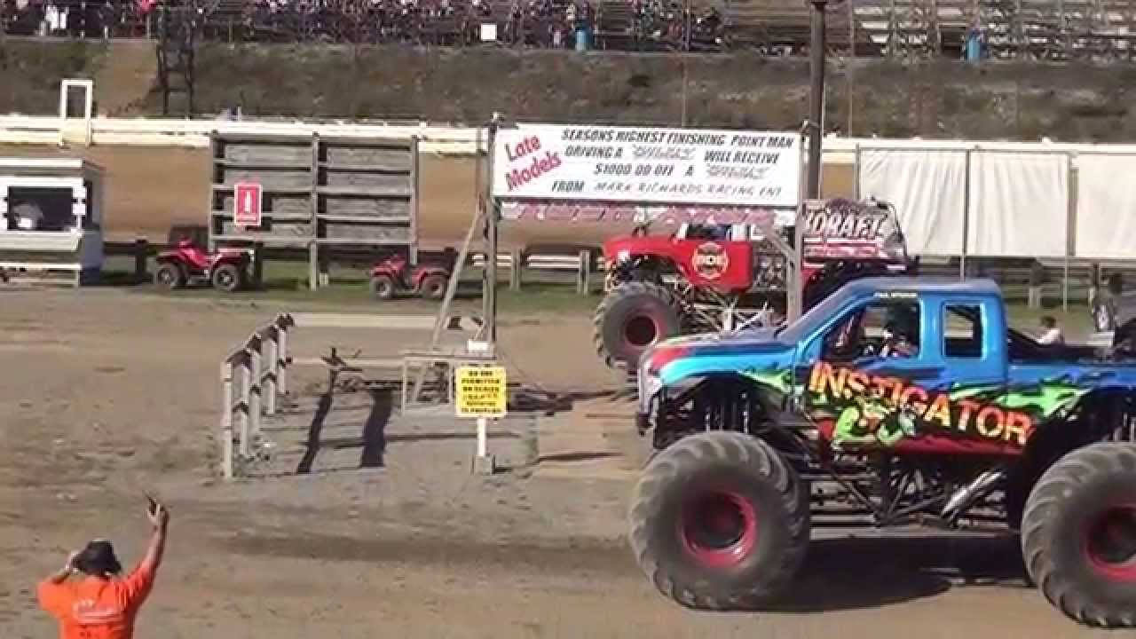 Monster trucks at pittsburgh pa motor speedway 2015 youtube for Motor truck of pa