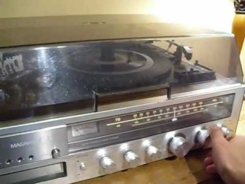 Magnavox Am Fm Turntable And 8 Track Player Youtube