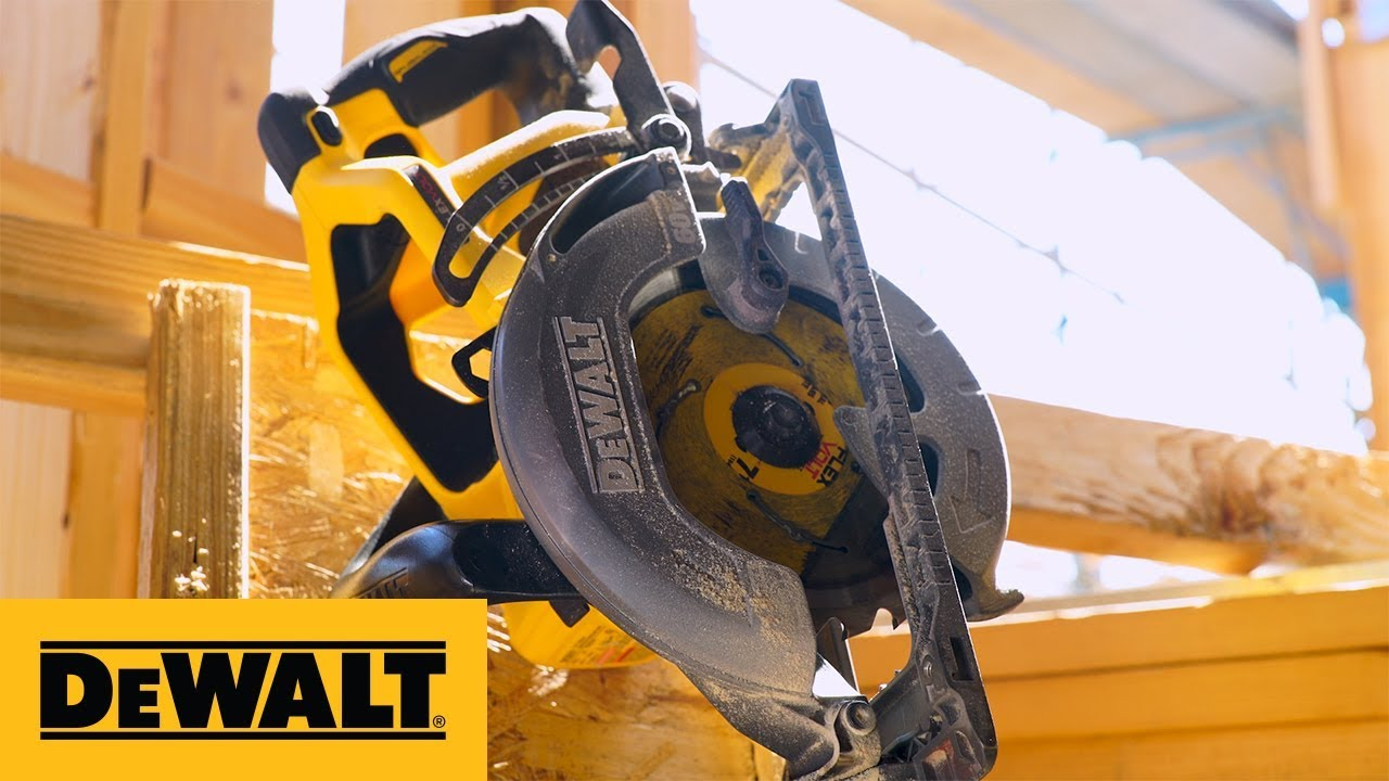 DEWALT® FLEXVOLT® 60V MAX* 7-1/4 in. Cordless Worm Drive Style Saw (DCS577)