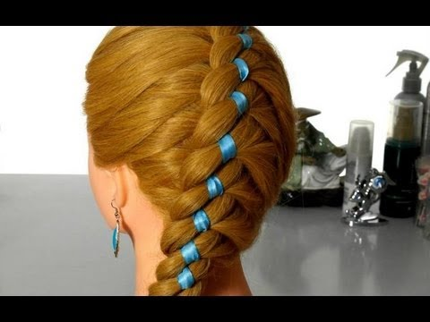 Плетение волос с лентой.