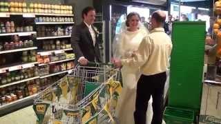 Bruidspaar mag 1 minuut gratis winkelen bij Emté