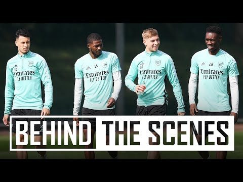 Drills and a mini-match before AFC Wimbledon |  Behind the scenes at the Arsenal training center