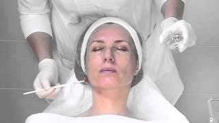 MELA resurfacing - процедура обновления и омоложения кожи с гиперпигментацией(Уникальная формула M.E.L.A. powerclay разработана специально для устранения пигментации, вызванной неравномерным..., 2016-01-27T11:06:07.000Z)
