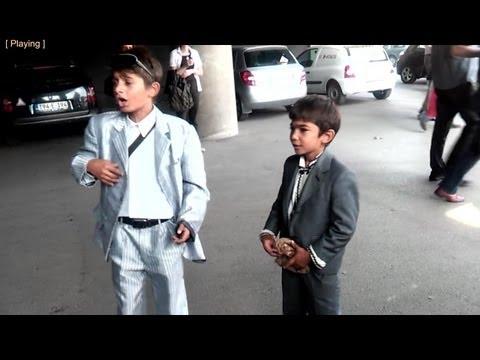 Mali cigan pjeva otkida - Zivim kao car