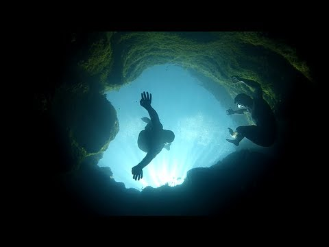 Jacob's Well – America's Stunning-Yet-Deadly Diving Spot