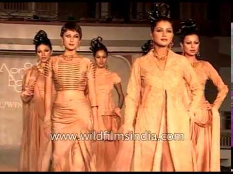 Women models at Monisha Bajaj fashion show in India