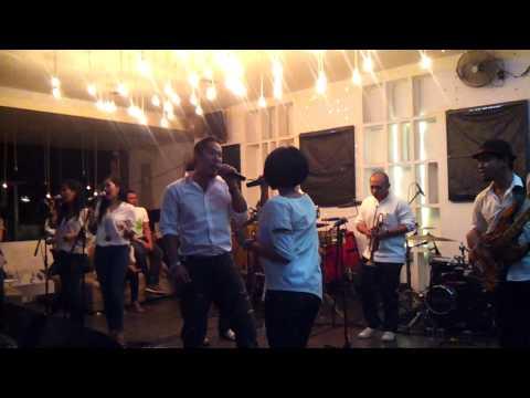 Maliq & D'Essentials - Coba Katakan (Live #Bukber KeLuarga Organic @ Bandung)
