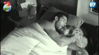 Repeat youtube video A Fazenda 6 Aryane e Beto vivem clima romântico 12/07/2013