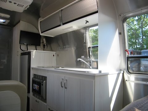 Airstream Basecamp For Sale >> 2017 Airstream Flying Cloud 19C Bambi Lightest Weight | Doovi