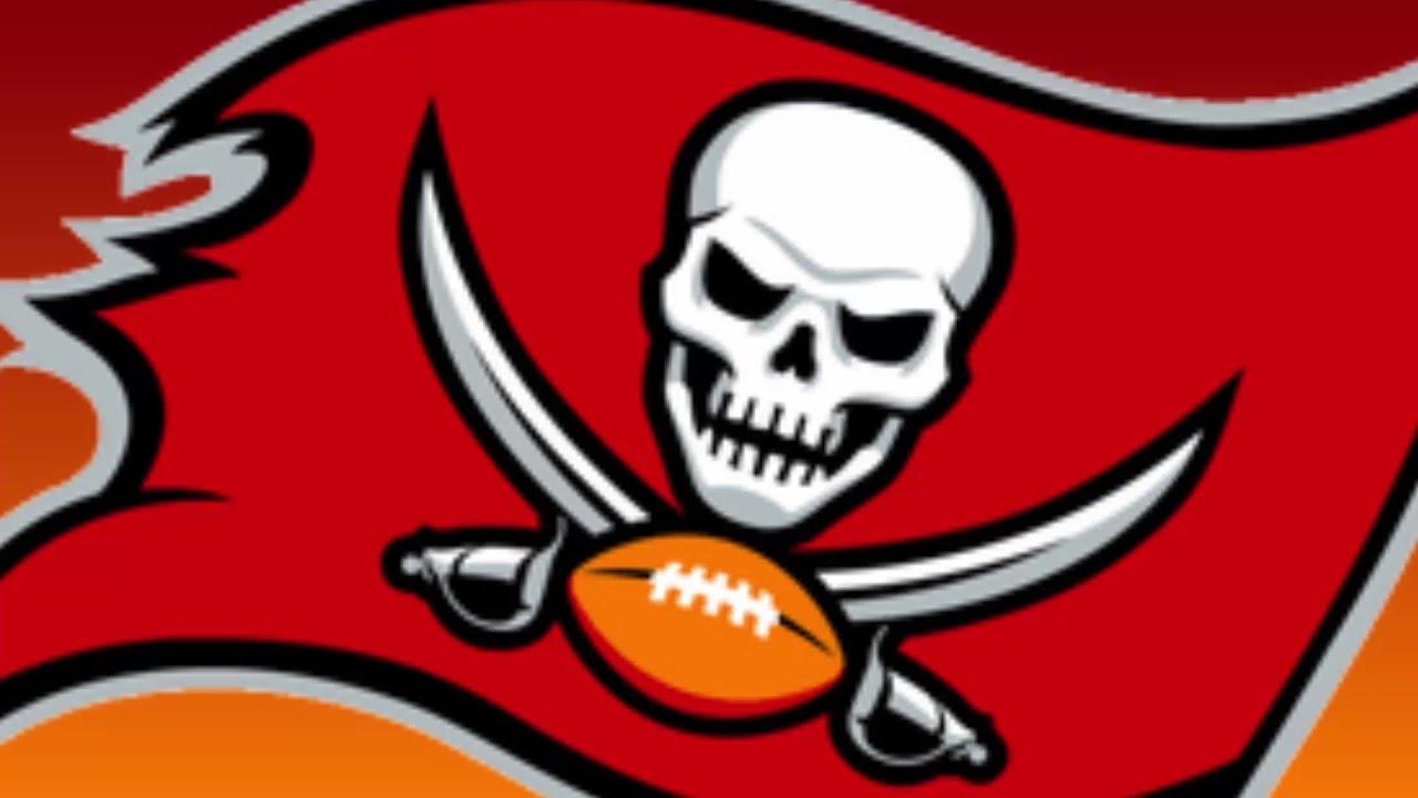 Should the Tampa Bay Buccaneers Sign Richard Sherman?