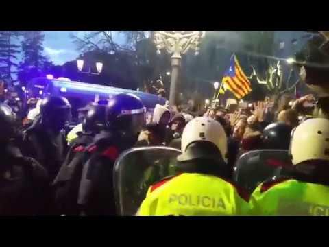 Tenisión máxima en subdelegación de gobierno de Lleida
