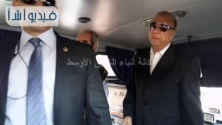بالفيديو محافظ القاهرة يعنف أحد سائقي الشركات الخاصة بسبب عدم نظافة سيارته