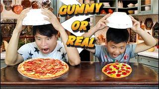Tony | Trận Chiến Kẹo Dẻo VS  Đồ Ăn - Gummy Or Real Food